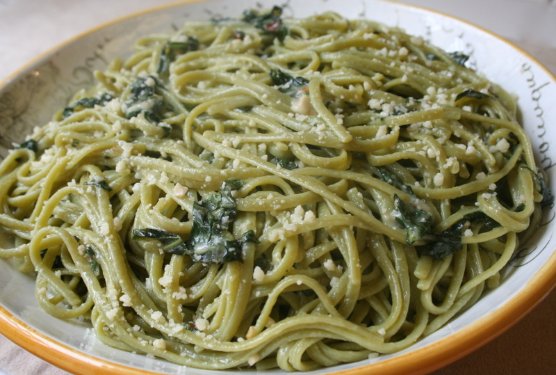 ... Eat?: Presto Pasta Night: Spicy Spinach Pasta With Garlic And Basil