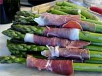 Prosciuttoaroundasparagus